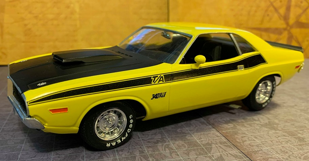 1970 Dodge Challenger T/A model car by Revell