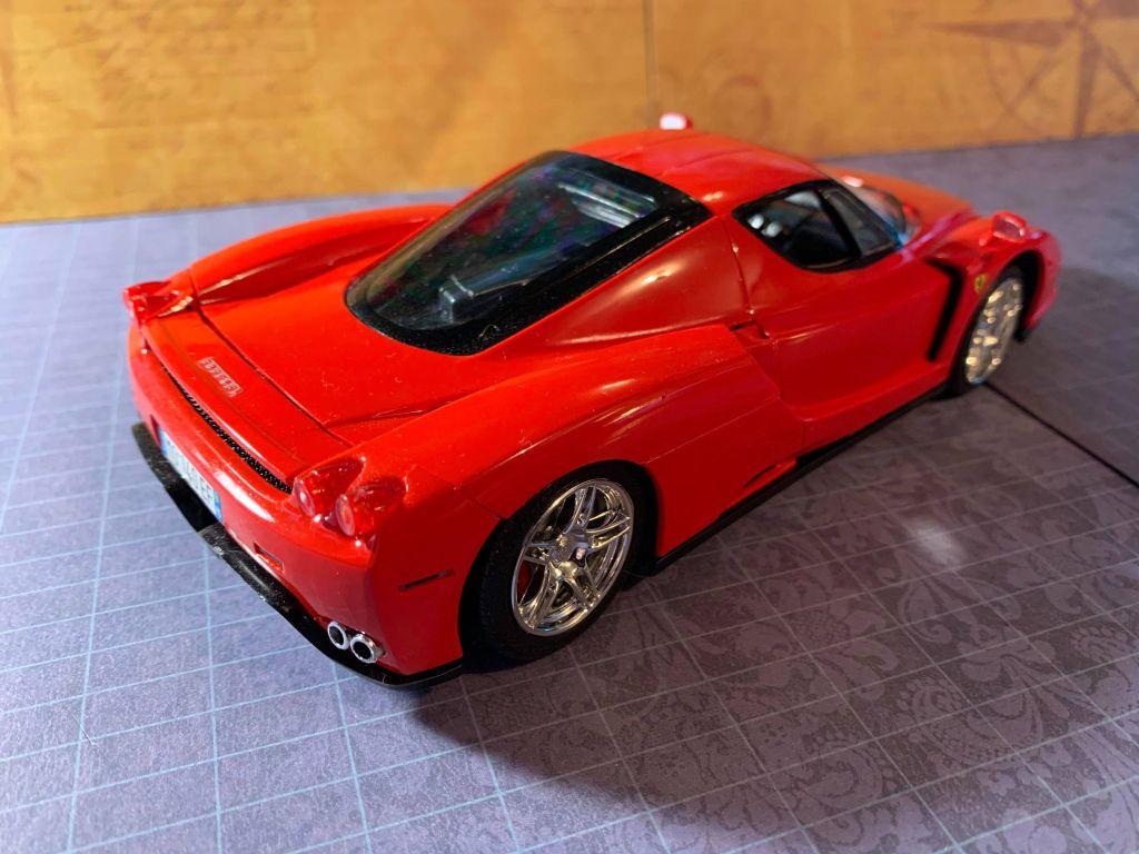 2004 Ferrari Enzo rear view