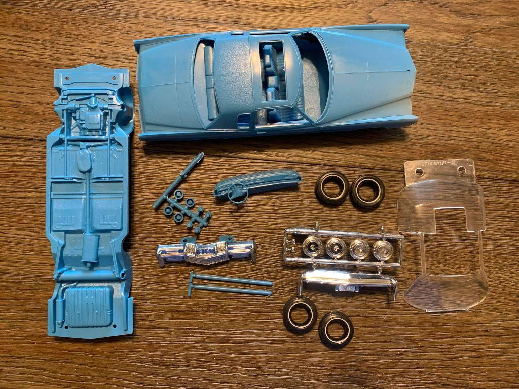 Jo-Han Cadillac Eldorado Snap Kit 1/25 parts picture